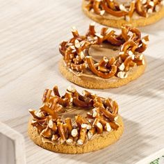 Crown of Thorns Snack  -- this would be great for Holy Week or a Vacation Bible School snack!