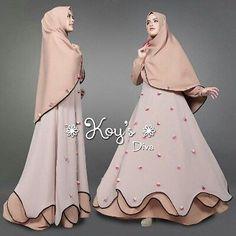 Muslim Women Fashion, Islamic Fashion, Batik Fashion, Abaya Fashion, Dress Brokat, Hijab Style, Muslim Dress, Islamic Clothing, Modest Outfits