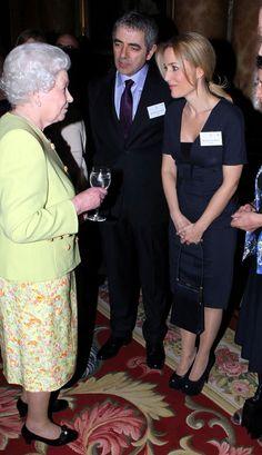 Elisabeth II, Rowan Atkinson and Gillian Anderson
