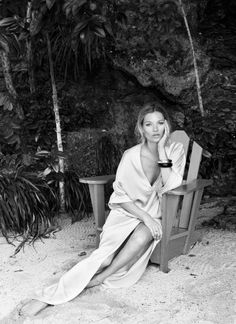kate moss winter by the seaside