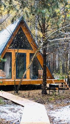 A-shaped house. Cabin Homes, Cottage Homes, Log Homes, A Frame House Plans, A Frame Cabin, Forest Cabin, Forest House, Cabana, Dome House