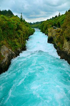 Rapids you would not like to ride for the sudden drop at the bottom - Huka Falls, New Zealand Places Around The World, The Places Youll Go, Places To See, Around The Worlds, Moving To New Zealand, New Zealand Travel, Wonderful Places, Beautiful Places, Nature Photography