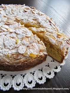 """Torta """"Amarettone""""di mandorle"""