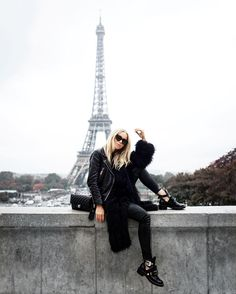 Monochrom, Paris Skyline, Victoria, Style Inspiration, Instagram Posts, Model, Travel, Leather Jacket, Boots