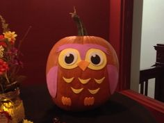 Owl pumpkin! So cute. Cute Halloween, Holidays Halloween, Halloween Pumpkins, Halloween Crafts, Halloween Decorations, Owl Pumpkin, Pumpkin Farm, Pumpkin Carving, Pumpkin Ideas