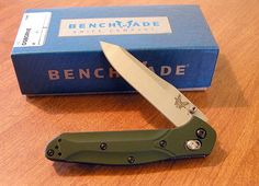 BENCHMADE Warren Osborne Design With Green Aluminum Handles. Price $162 Search for Benchmade Osborne 940
