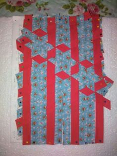 Meshwork Fabric Manipulation Techniques, Textiles Techniques, Sewing Art, Sewing Crafts, Sewing Projects, Pin Weaving, Fabric Weaving, Strip Quilts, Quilt Blocks
