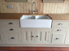 painted pine kitchen and granite - Saferbrowser Yahoo Image Search Results Painting Kitchen Cabinets, Kitchen Paint, Kitchen Cupboards, Kitchen Decor, Kitchen Ideas, Farrow And Ball Oxford Stone, Knotty Pine Kitchen, Home Accessories Uk, Farrow And Ball Kitchen