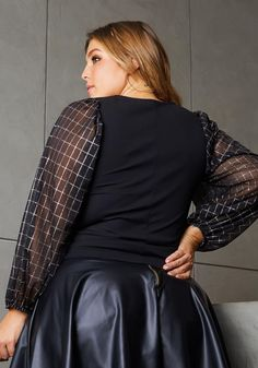 Fancy Skirts, Daily Look, Online Clothing Stores, Satin Dresses, Skinny Pants, Plus Size Women, Kardashian, Plus Size Outfits, Blouses For Women