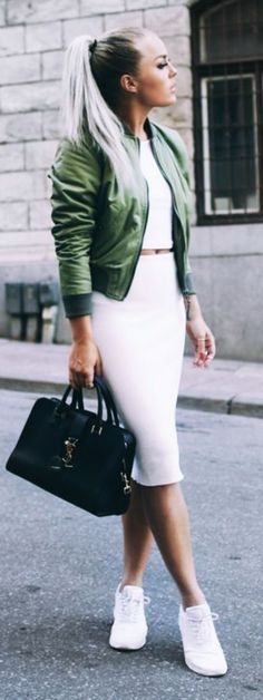 Outfits and Looks, Ideas & Inspiration Green Bomber Jacket Outfit Idea by Angelica Blick - Go to Source - Sporty Outfits, Mode Outfits, Fashion Outfits, Womens Fashion, Dress Fashion, Fashion Shoes, Sneaker Outfits Women, Fashion Skirts, Sporty Girls