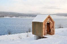 The Freya and Robin Pavilion by UK-based architecture company Studio Weave built in the Kielder Water and Forest Park by greentinyhouse Art Et Architecture, Architecture Awards, Amazing Architecture, Architecture Company, Pavilion Architecture, Snow Cabin, Winter Cabin, Winter Snow, Winter White