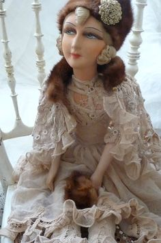 RARE ANTIQUE BOUDOIR DOLL RUSSIAN.C 1920.LACE SILK. FUR FASHION DOLL
