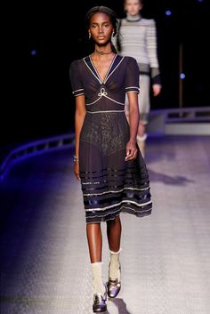 Tommy Hilfiger - NYFW Fall/Winter 2016-2017 - so-sophisticated.com