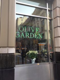 olive garden italian restaurant new york ny united states visiting pinterest olive gardens and restaurants - Olive Garden New York
