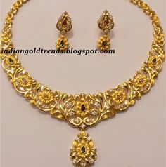 Latest Indian Gold and Diamond Jewellery Designs: Unique Traditional Floral design Gold Necklace