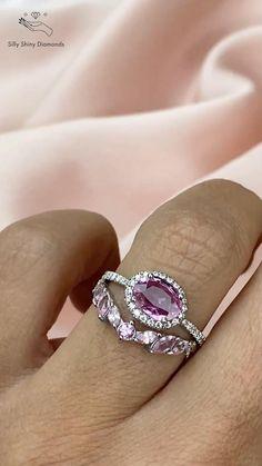Halo Diamond, Diamond Rings, Gold Rings, Gemstone Rings, Halo Engagement Rings, Vintage Engagement Rings, Purity Rings, Pink Sapphire Ring, Pink Gemstones