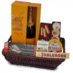 Champagne Soiree Gift Basket to Saint-Vincent-and-the-Grenadines