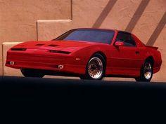 Pontiac Firebird Trans Am GTA (1990).