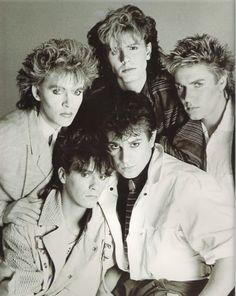 Duran Duran - my fav. hair cut on Nick :) John Taylor, Roger Taylor, Nick Rhodes, Simon Le Bon, Great Bands, Cool Bands, Birmingham, Uk Singles Chart, Image Fashion