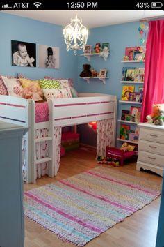 Bardzo ładne  łóżko Poli