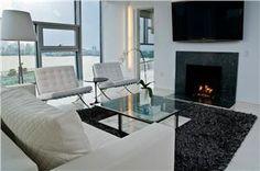 Contemporary (Modern, Retro) Living Room by Vanessa DeLeon