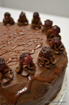Tort de ciocolata cu mousse de visine Savori Urbane (3) Dessert Recipes, Desserts, Sweets, Candy, Food, Places, Cooking Recipes, Tailgate Desserts, Deserts