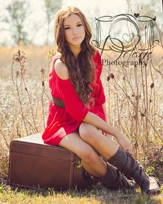 Senior picture in field