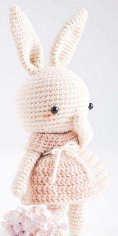 Easter Bunny Crochet Pattern, Crochet Rabbit, Crochet Amigurumi Free Patterns, Crochet Animal Patterns, Crochet Geek, Crochet Blanket Patterns, Cute Crochet, Crochet Dolls, Crochet Baby