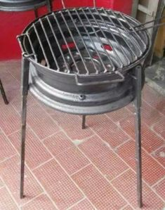 How to build a no-weld tire rim grill – DIY projects for everyone! Metal Projects, Welding Projects, Diy Projects, Diy Welding, Metal Welding, Welding Tools, House Projects, Diy Tools, Garden Projects
