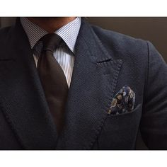 Sprezzatura-Eleganza | konradolsson:   Monday business…    #plazauomo...