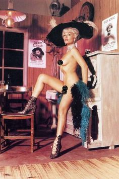 Harrison Marks Glamour Model nude pinup photo of Pamela Green Pamela Green, Brooklyn Girl, Green Pictures, Green Photo, Vintage Glamour, Antique Books, Newborn Photos, Shades Of Green