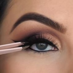 Smoke Eye Makeup, Makeup Eye Looks, Eye Makeup Steps, Beautiful Eye Makeup, Eye Makeup Art, Eyebrow Makeup, Pretty Makeup, Skin Makeup, Eyeshadow Makeup