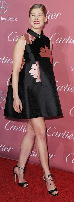 Rosamund Pike in Alexander McQueen at the Palm Springs International Film Festival