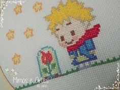 Quadrinho bastidor bordado em ponto cruz O Pequeno Príncipe - Le petit prince