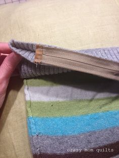 make a pillow from a wool sweater - tutorial shows how to insert a zipper to make it easy and nice!