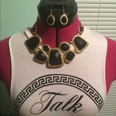 necklace and earring set Adorable black and gold necklace set with matching earrings. Jewelry Necklaces