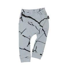 ca1b242a8bc6dd Cracks print babybroekje gemaakt van 100% zachte katoen jersey van Cribstar  bij Mum&more.