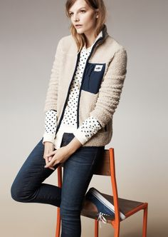 Madewell Penfield® lavic fleece jacket, sweatshirt in domino dot and the skinny skinny jeans.