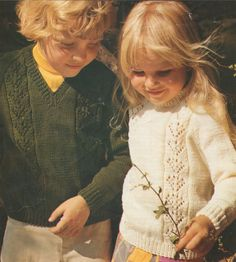 PDF Childrens Sweater Knitting Pattern : Boy or Girl 22, 24 and 26 inch chest . 56, 61 and 66 cm . Round or V Neck . Instant Download by…