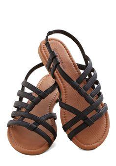 Corner Bistro Sandal in Black #modcloth #ad *comfy and cute