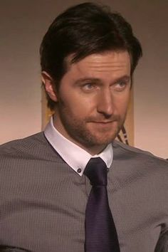 Richard Armitage and *that innocent look*.... LoL!