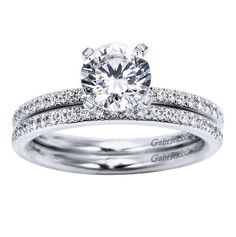 Gorgeous! I dunno why but I'm sure finding a ton of pretty rings on this app
