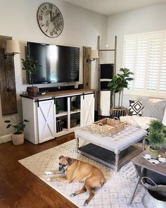 12 Cozy Farmhouse Living Room For Your Family's Warmth - Best Warm Home Decor ideas Living Room Remodel, Home Living Room, Living Room Designs, Living Room Decor, Tv Stand Designs, Country Farmhouse Decor, Farmhouse Style, Antique Farmhouse, Country Décor