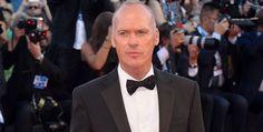 """Interrogé pendant la promotion de son nouveau film """"BirdMan"""", l'acteur Michael Keaton a annoncé qu'il était l'unique Batman #michaelKeaton #reusta #batman"""
