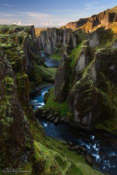 Fjaðrárgljúfur Canyon, Fjaora Rivee, Iceland