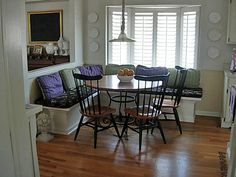 HOW TO MAKE A BANQUETTE FOR YOUR KITCHEN...I HAVE GOT TO DO THIS...TUT BELOW: http://inmyownstyle.com/2010/02/howto-make-a-kitchen-banquette.html