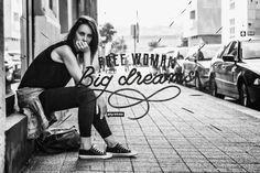 Lo más bello de una mujer es su libertad y amor por la vida.   #Medellín #JoyStazInspiration #Moda #Trend #FashionGirl #Fashion #Denim #Jeans #FashionStreet #StrertBrand #DenimWordl #Inspiración #Inspiration #TedenciasDeModa #ChicaUrbana #FashionPic #Frases #FrasesDeInpiración #Quotes #FashionQuotes #Inspiraciónmujeres #FashionInspiration #Retos #Challenger #FreeWoman #BigDreams #MyThoughts