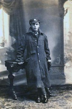 Horace Maynard, who went to WW1 to keep his widowed mother from the workhouse. Died at Somme.