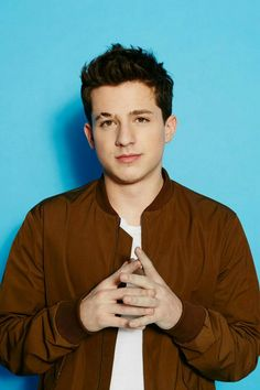 Charlie Puth Opens Up About Getting Bullied in High School and Missing Prom - Today Pin Charlie Puth, Jason Momoa, 5sos, Photo Star, Love Boyfriend, Celebrity Crush, Celebrity Guys, Celebrity Gossip, Shawn Mendes