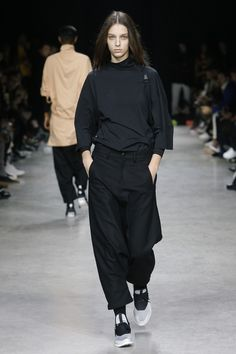 Y-3 Fall 2017 Menswear Collection Photos - Vogue